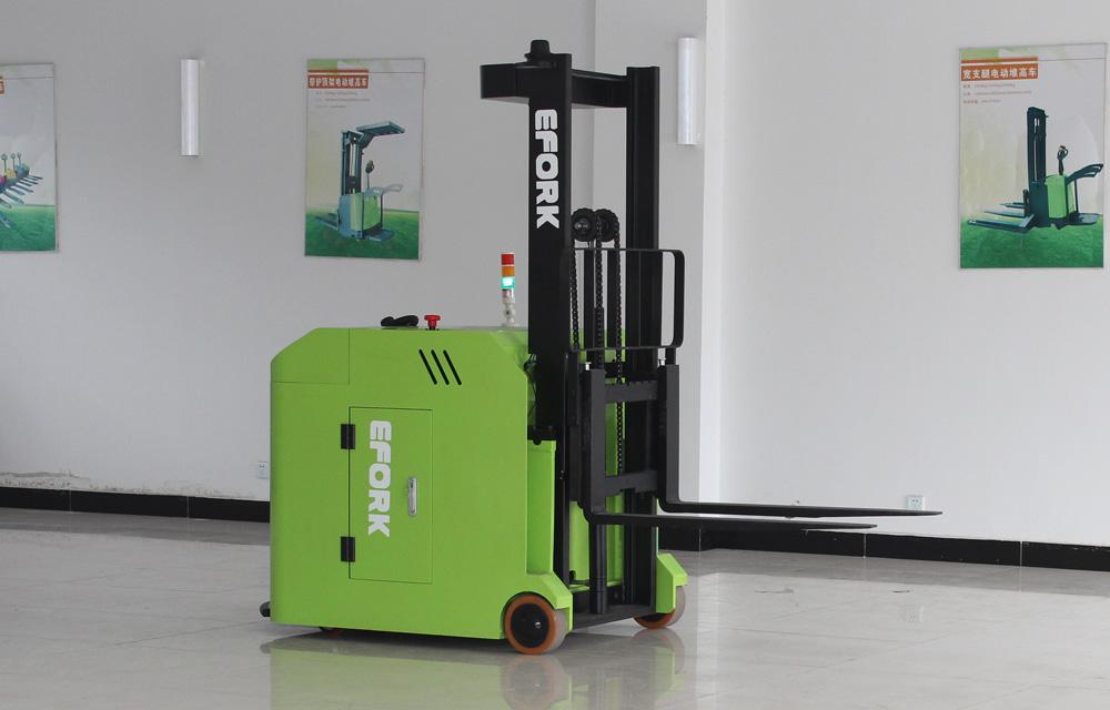 AGV充电方式及特点