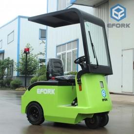 小型雨蓬电动牵引车